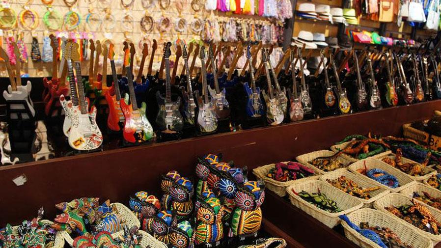 Купить сувениры на рынке Садовод в Москве оптом и в розницу