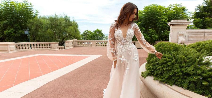 Свадебные платья на Садоводе купить по выгодной цене. Фото из каталог в ТЦ Салют г.Москва