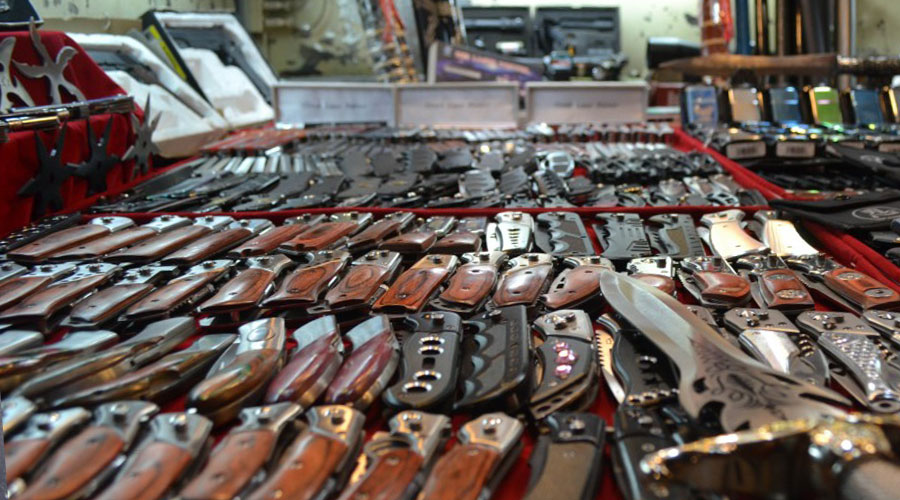 Ножи на рынке Садовод в Москве купить. Нож Мора 95 18
