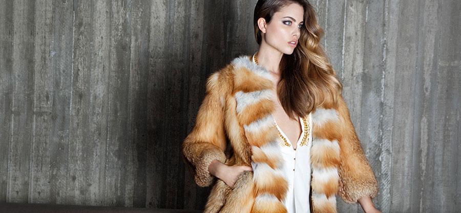 Шубы из лисы на Садоводе купить оптом и в розницу. Шубы из лисы в Москве