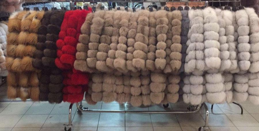 Шубы-трансформеры на рынке Садовод купить из песца. Где купить и сколько стоит?