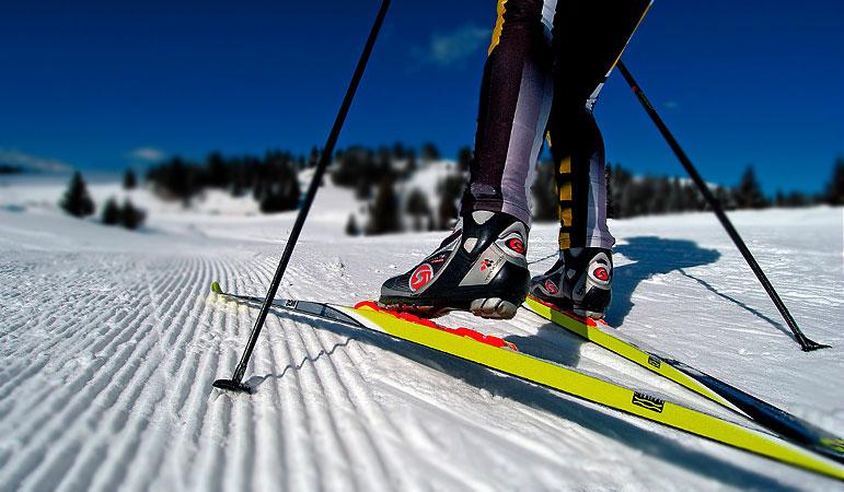 Лыжи на Садоводе купить