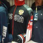 Толик Садовод - продавец детских спортивных костюмов