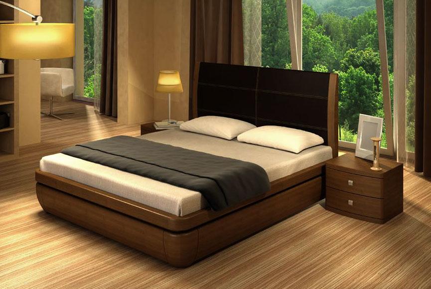 Кровати на Садоводе