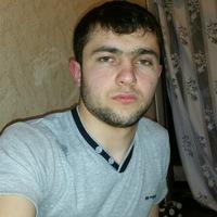 Мухаммад Хавлоев - продавец женских спортивных кроссовок