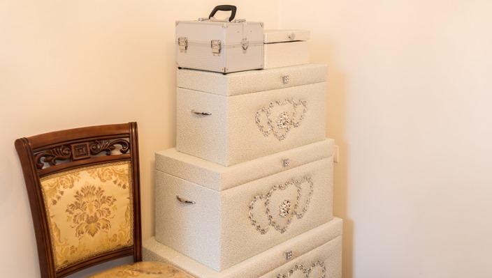 Приданое - эксклюзивное постельное белье, пуховые подушки и одежда оптом