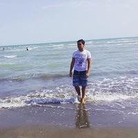 Arsen Sadovod - поставщик мужских футболок