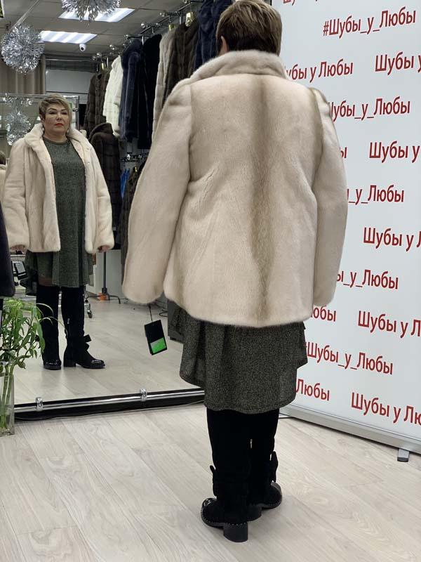 """Норковая шуба """"Автоледи"""" из скандинавского меха с воротником-стойкой"""
